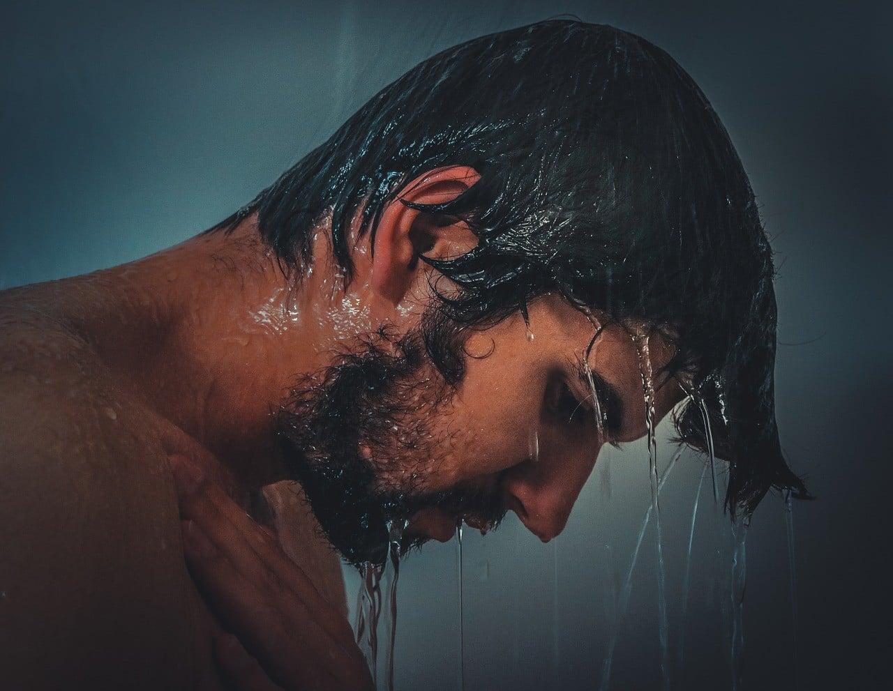 Una corretta igiene intima per combattere la f imosi.