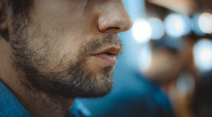 Curare la pelle con barba
