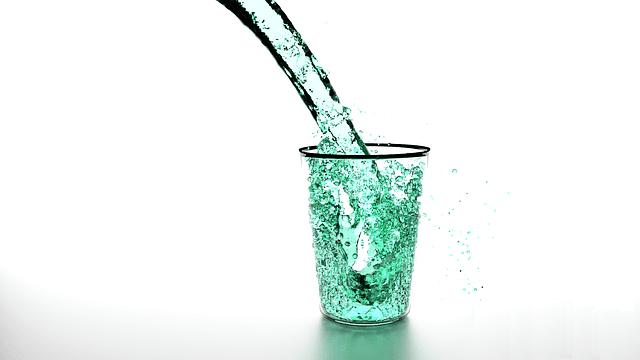 acqua pelle secca