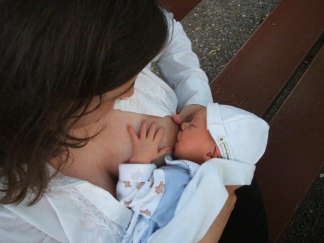 allattamento-bambino