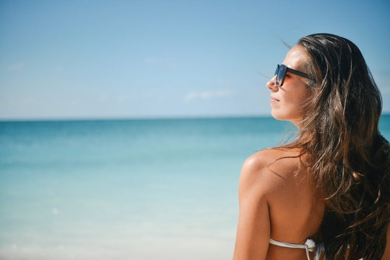 7 falsi miti su abbronzatura ed esposizione solare